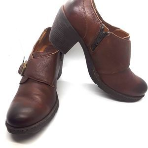 BOC Leather Buckle Strap Shoes   Size 11
